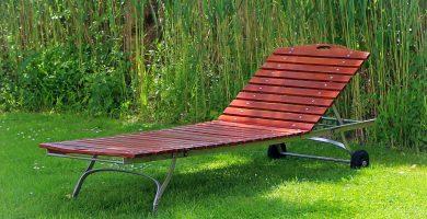 Tumbona madera para jardín