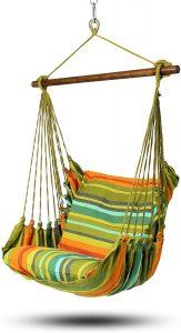 sillas colgantes de diferentes colores con 2 cojines HOBEA